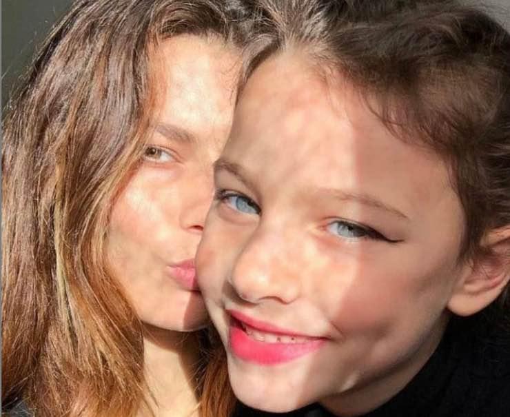 Dayane Mello e la figlia
