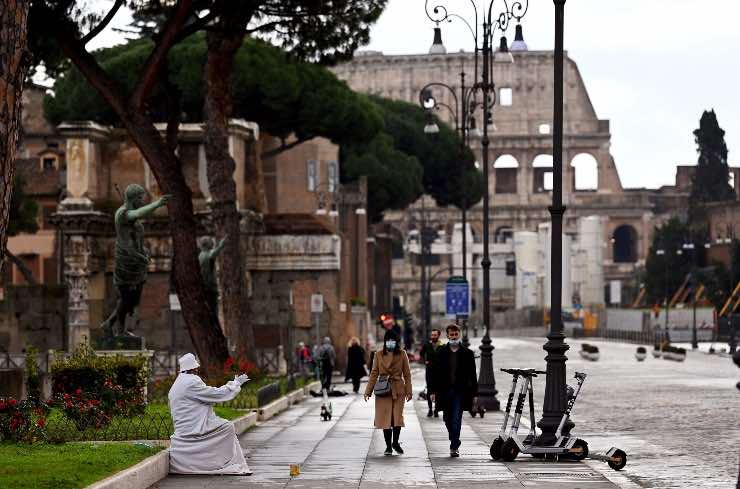 Lazio e Piemonte potrebbero rimanere arancioni