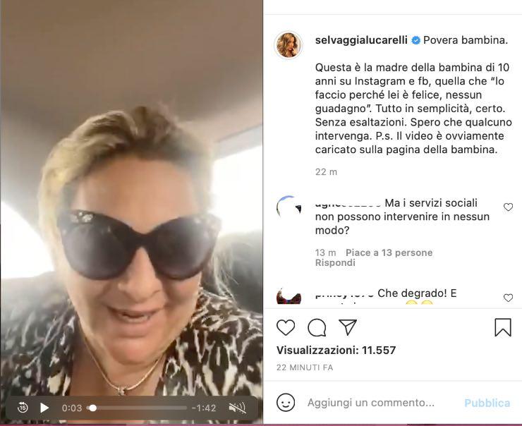 Selvaggia Lucarelli accusa una madre
