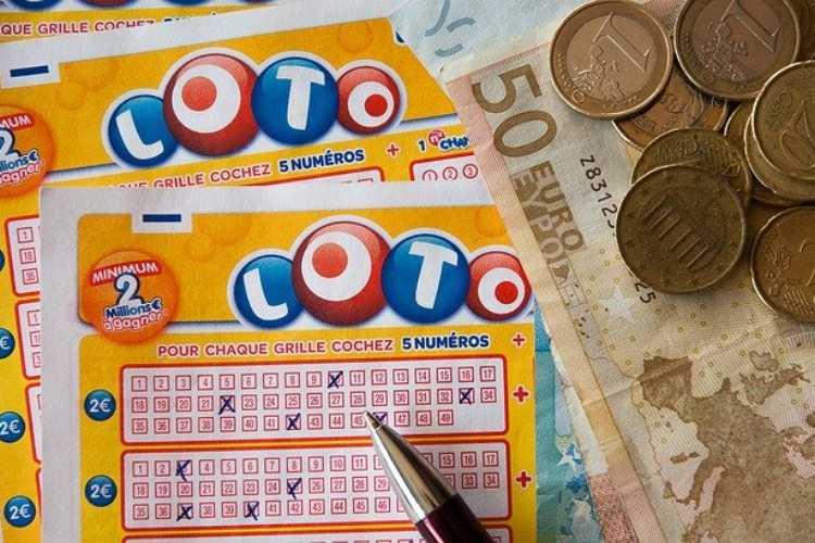 estrazione lotto superenalotto 10elotto 12 gennaio 2021
