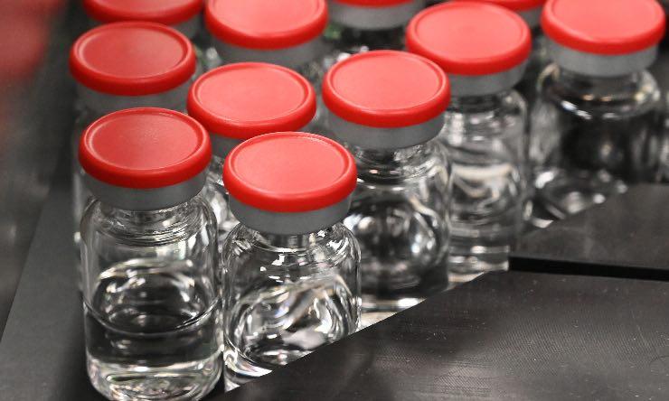 Vaccini Astrazeneca in arrivo