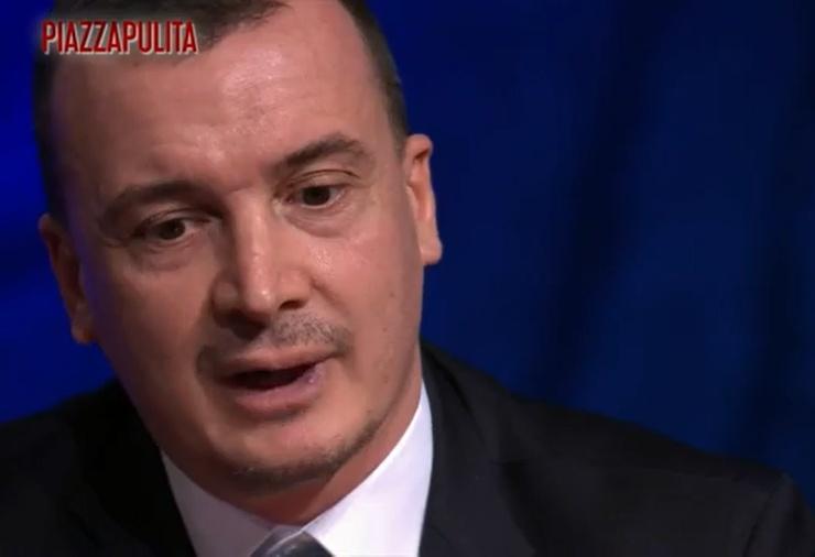 Rocco Casalino provoca il m5s aprendo a Berlusconi
