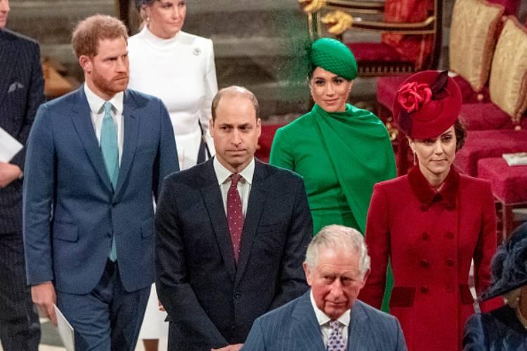 Royal Family, chiamata a sorpresa