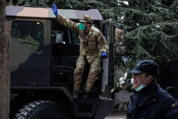 spionaggio ufficiale marina militare italia russia ambasciatore