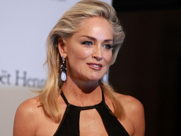 Sharon Stone molestie