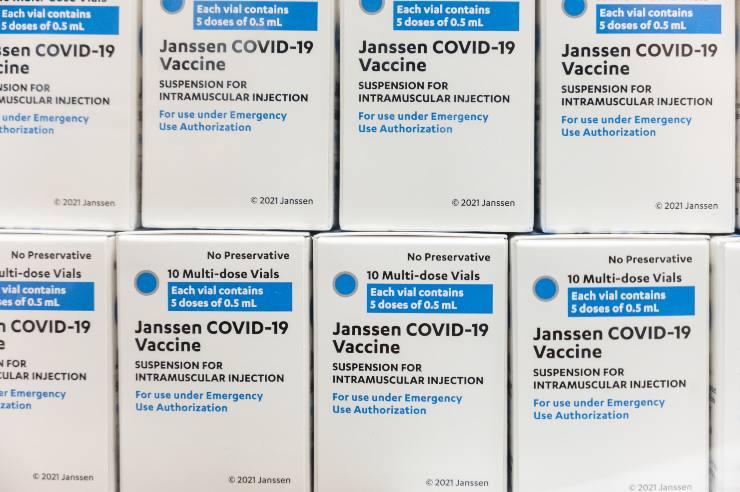 vaccino johnson sospeso stati uniti
