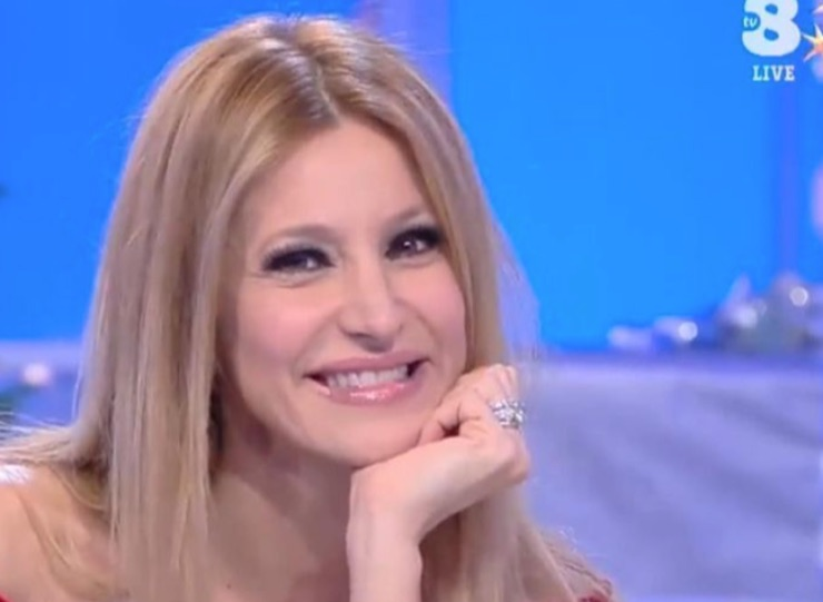 Adriana Volpe, Tv8