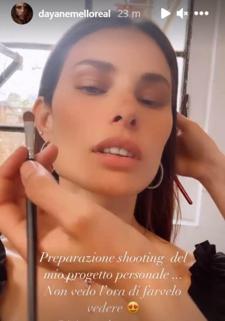 Rosalinda Dayane Mello fan