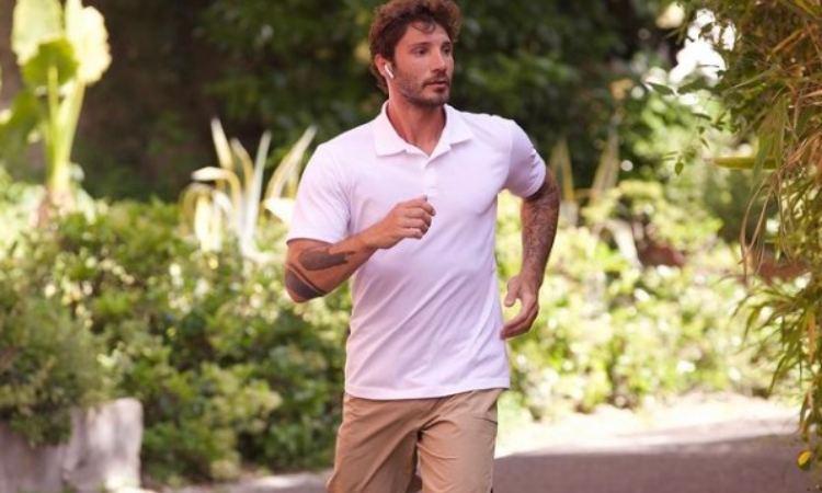 Stefano De Martino corre
