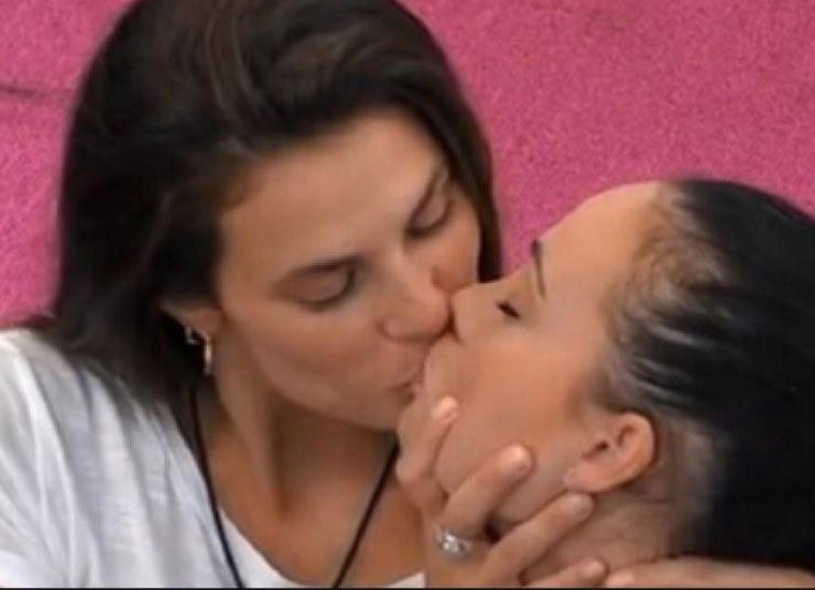 Dayane Mello e Rosalinda