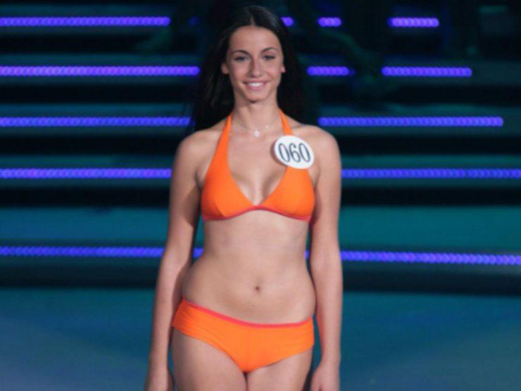 Anna Munafò Uomini e Donne Miss Italia ingrassata bodyshaming