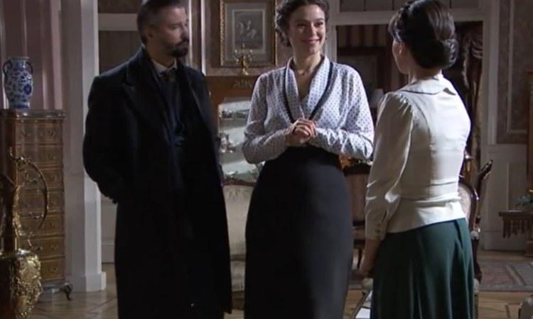 Genoveva assume Laura Una Vita