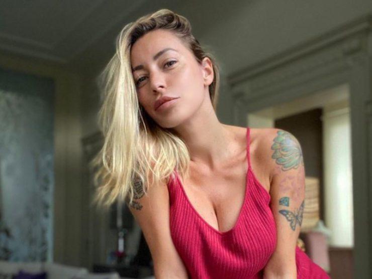 Karina Cascella Pomeriggio Cinque ospitate