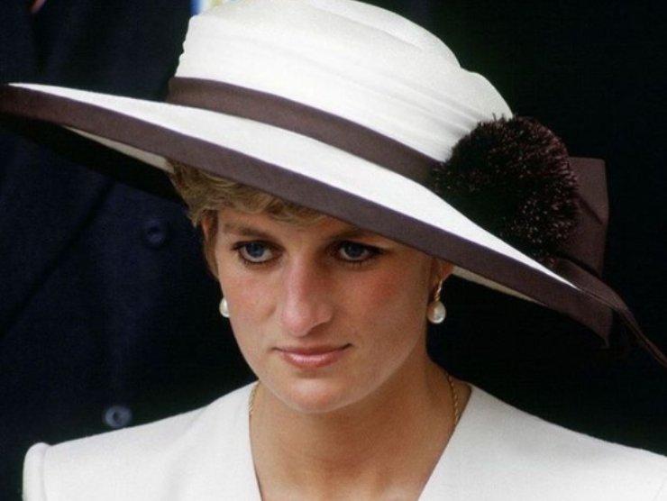 Lady Diana baby sitter intervista inganno